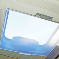 lh_large_skylight_roof_vent